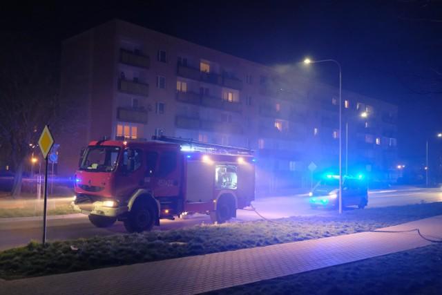 W środę wieczorem strażacy gasili śmietnik przy u. Wieniawskiego w Żarach  Zobacz także Pożar warsztatu samochodowego w Zielonej Górze