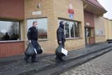 Areszt Śledczy w Radomiu pomógł choremu Krzysiowi Czuprynowi. Charytatywnie zbierali nakrętki