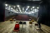"""Przyszłość Centrum Kultury """"Dąbrówka"""" na Piątkowie wciąż pod dużym znakiem zapytania. PSM nadal nie wie, czy budynek burzyć czy remontować"""