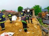 Zerwane dachy, powalone drzewa. Straż w Zduńskiej Woli podsumowuje wyjazdy po nawałnicy