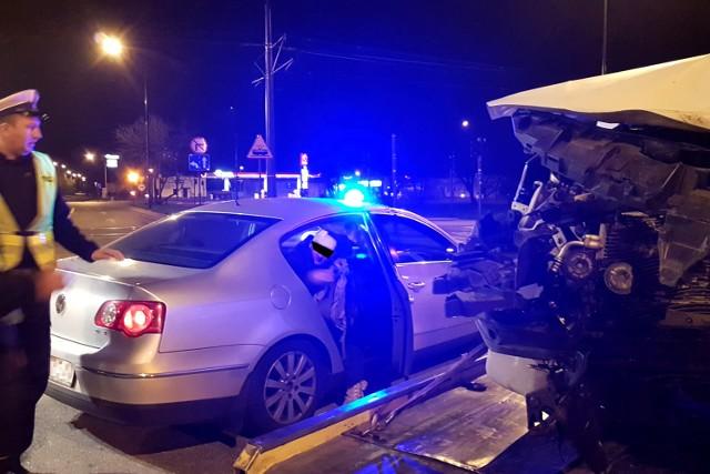 Pijany policjant po służbie spowodował wypadek na skrzyżowaniu ulic Rokicińskiej i Augustów w Łodzi