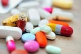 Będzie rewolucja w aptekach. Farmaceuci dostaną nowe uprawnienia – będą mogli m.in. wypisywać recepty [5.06.2020]