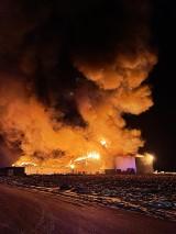 W Białej Rawskiej spłonął kompleks magazynowy. Grupa Polskie Sady liczy straty