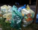 Mieszkanka Ursynowa znosi do domu śmieci. Sanepid kieruje sprawę do sądu