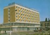 """43 lata temu oddano do użytku orbisowski hotel """"Prosna"""" w Kaliszu ZDJĘCIA"""