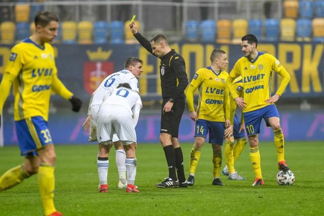 Piłkarze Arki Gdynia, podobnie, jak innych klubów, jeszcze w tym miesiącu mają wznowić zawieszone rozgrywki w PKO BP Ekstraklasie.