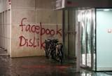 Niemiecka siedziba Facebooka zdemolowana