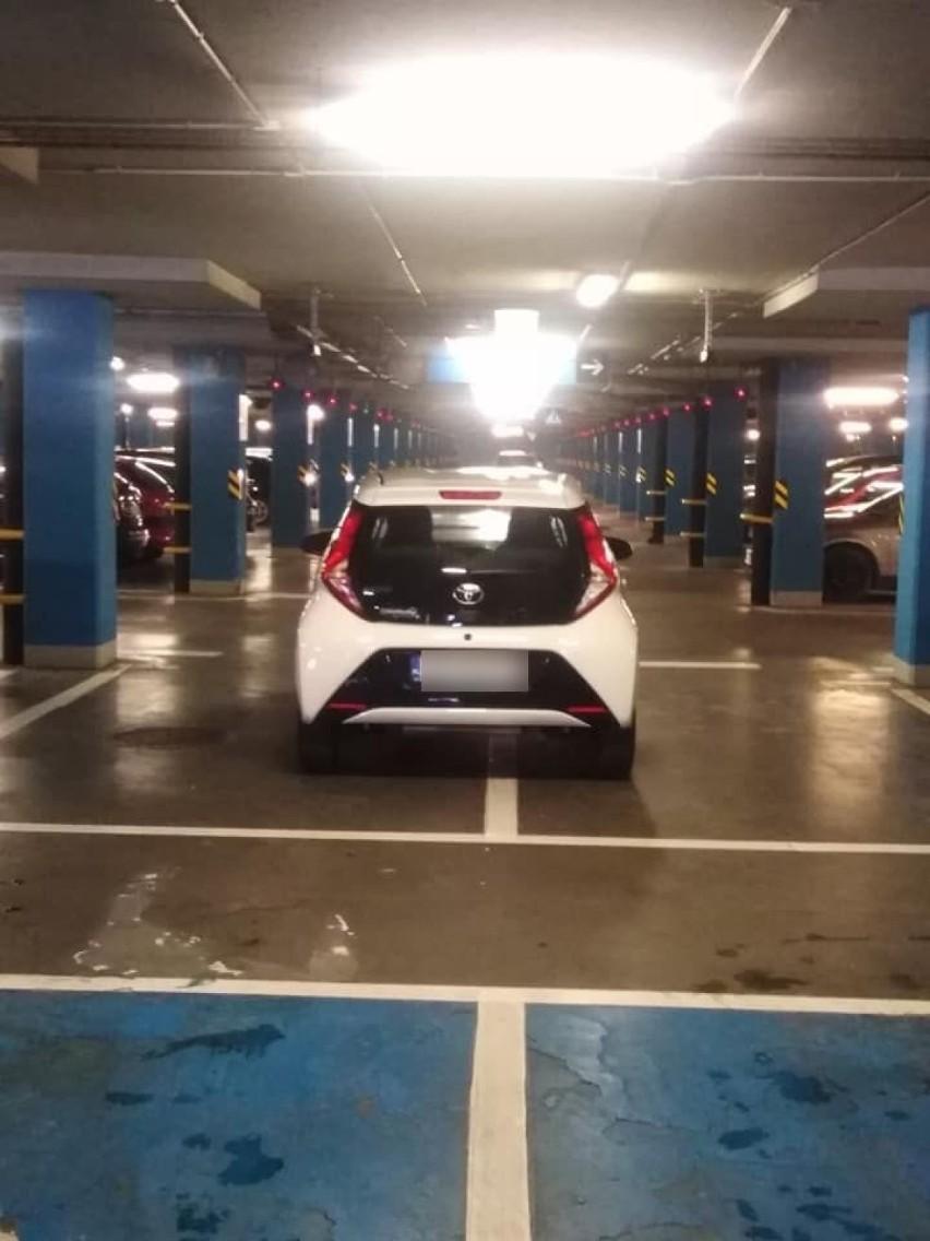 Bezmyślne parkowanie sprawia nam ogromne problemy i mocno...