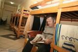 Bezdomni w województwie kujawsko-pomorskim. Ilu ich jest, gdzie przebywają?