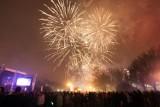 Wystrzałowa impreza na Jasnych Błoniach. Szczecinianie powitali Nowy Rok [zdjęcia]