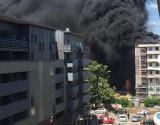 Duży pożar we Wrocławiu. Blisko eksplozji butli z gazem [ZDJĘCIA]