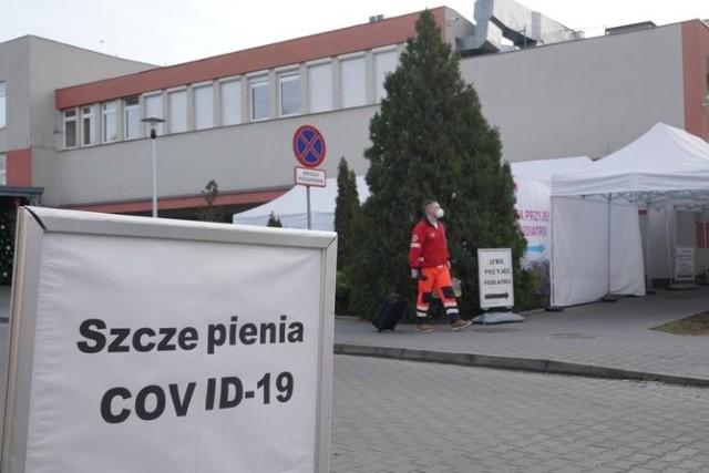 Waldemar Kraska dodał również, że wiele związków i organizacji pracodawców zwracało się do resortu zdrowia z apelem, by dać możliwość sprawdzania, czy pracownik jest zaszczepiony