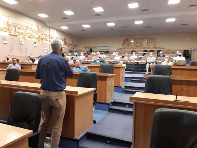 14 lipca w goleniowskim magistracie odbyło się spotkanie w sprawie remontu Alei Róż