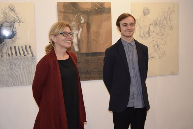 W sobotę, 19 stycznia w Izbie Historii Skierniewic odbył się wernisaż wystawy malarstwa i rysunku pochodzącego z Łowicza Ireneusza Rolewskiego. Autor wystawy jest studentem Akademii Sztuk Pięknych w Łodzi.