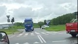 Wypadek w Pruszczu Gdańskim. Zderzenie ciężarówki z osobówką. Jedna osoba ranna