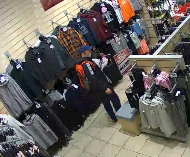Rybnik: typowy dres ukradł ubrania sportowe w sklepie galerii handlowej.