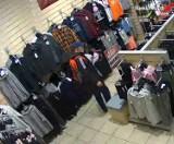 Rybnik: typowy dres ukradł ubrania sportowe w sklepie galerii handlowej. Ktoś go rozpoznaje?
