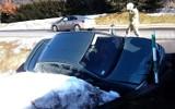 Auto wypadło z DK 75 w Łabowej i roztrzaskało się o betonowy przepust