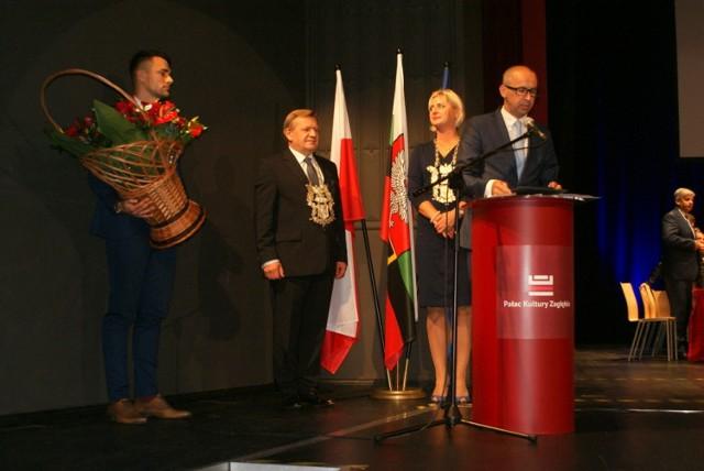 Uroczysta sesja w PKZ z okazji 100-lecia nadania praw miejskich Dąbrowie Górniczej