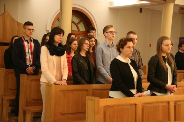 44 uczniów wzięło udział w Ogólnopolskim Konkursie Wiedzy Biblijnej w Kaliszu