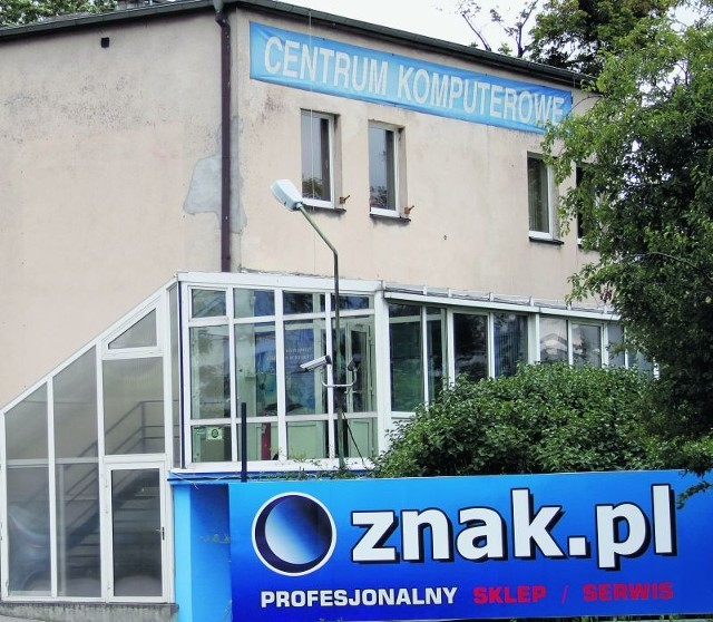 Sklep Komputerowy Znak Pl W Poznaniu Pracownicy Odcinaja Sie Od