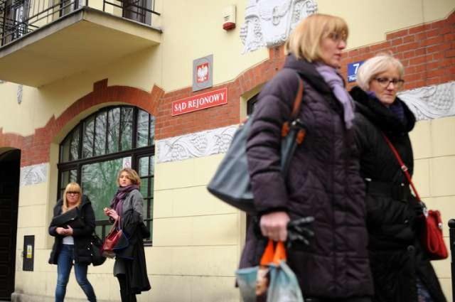 Sprawą odszkodowania dla potrąconej na pasach prawie cztery lata temu dziewczyny zajmował się I Wydział Cywilny Sądu Rejonowego w Toruniu.