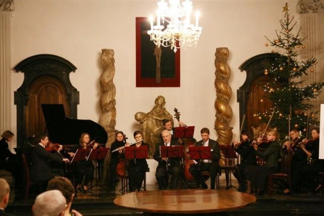Łowicka Orkiestra Kameralna