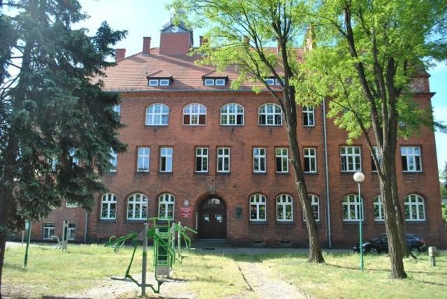 Szkoła Podstawowa nr 1 w Wolsztynie w trybie zdalnym