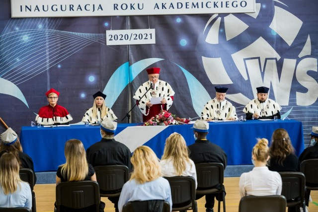 Jak zapewnia Krzysztof Sikora uczelnia jest gotowa do tego, by kształcić przyszłych lekarzy. Potrzebne jest tylko zielone światło z Warszawy.