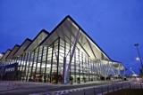 Port Lotniczy Gdańsk. LOT ma nowe połączenie. Z lotniska w Rębiechowie polecimy do Rzeszowa [rozkład lotów, ceny biletów]