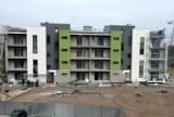 Budowa nowych bloków TBS na osiedlu 800-lecia w Piotrkowie dla 56 rodzin ZDJĘCIA