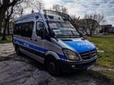 Koronawirus Podlaskie. Policja przez megafony apeluje o rozsądek #zostanwdomu!