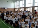 Dzień patrona i pasowanie pierwszoklasistów w Szkole Podstawowej Gminy Sieradz [FOTO]