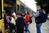 Jasło. Sukces letniego połączenia kolejowego Jasło-Krynica-Jasło. Zdarzało się, że pociąg pękał w szwach