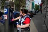 Kraków. Za tydzień zacznie obowiązywać poszerzona strefa płatnego parkowania. Urzędnicy szykują też podwyżki opłat i ich pobór w niedziele