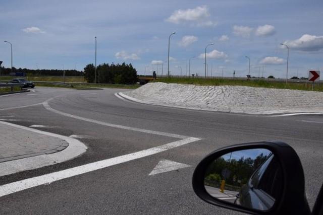 Rondo dla niektórych kierowców nadal bywa łamigłówką do szybkiego rozwiązania.