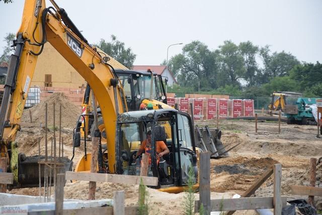 Prace na przystani we Włocławku rozpoczęły się pod koniec maja 2021 roku. Na przystani powstał już między innymi pierwszy domek