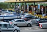 Korek na bramkach A1 w Rusocinie 6.07.2021. Kierowcy muszą liczyć się ze sporymi utrudnieniami
