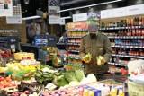 Biedronka, LIDL, Auchan, Żabka i inne sklepy wycofują z polskich sklepów toksyczną żywność. Uważaj! Nie jedz tego!