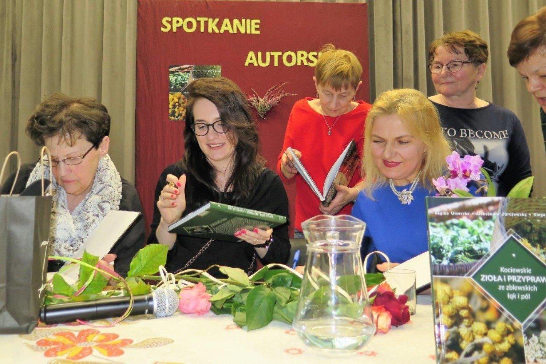 Goubie i Szymbark - uroczystoci patriotyczne | Dziennik