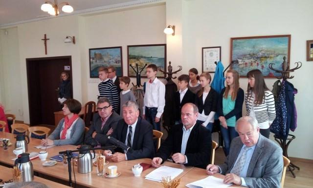 Stypendia w Helu - wrzesień 2014. Nagrody na sesji Rady Miasta Hel