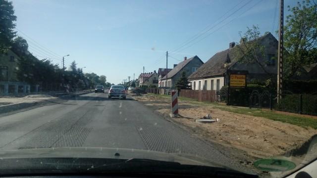 Droga główna w Cybince jest już prawie skończona