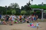 """Plaża miejska  """"Łazienki' Zbąszyń: Wakacje, jezioro, plaża, turyści, wypoczynek - 9 sierpnia 2020 [Zdjęcia]"""