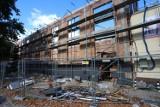 Przy ulicy Saskiej w Radomiu powstaje nowa sala gimnastyczna. Zobacz zdjęcia z budowy