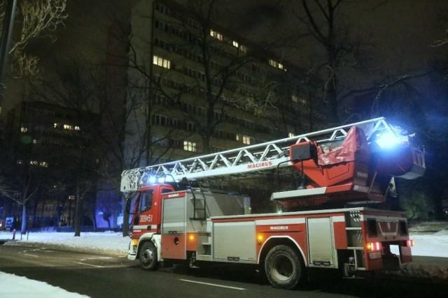 Pożar mieszkania w bloku przy ul. Kamiennej we Wrocławiu 13.02.2021