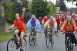 Powiatowy Rajd Rowerowy: 430 osób na trasie wycieczki [ZDJĘCIA]