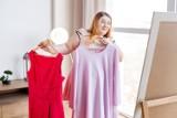 Nosisz duży rozmiar? To idealne sukienki na wesele