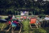 Lato pełne filmów. 21 projekcji w trzech lokalizacjach w Krakowie w ramach kina letniego