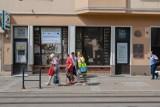 """Apteka """"Pod Łabędziem"""" w Bydgoszczy. Teraz jest tam kapitalny remont. Potem będzie ciekawa wystawa!"""