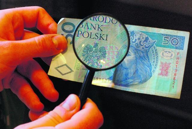 Inspekcja pracy wzięła pod lupę terminowość wypłacania wynagrodzeń w firmie Janusza R.